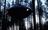 В Швеции существуют оригинальные гостиницы на деревьях, сделанные по UFO-типу