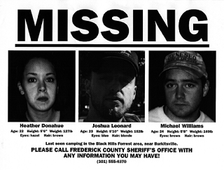 Плакат с пропавшим без вести, на котором изображены Хизер Донахью (слева), Джошуа Леонард (вцентре) и Майкл С. Уильямс (справа) в рамках маркетинговой кампании фильма, изображающей события как реальные