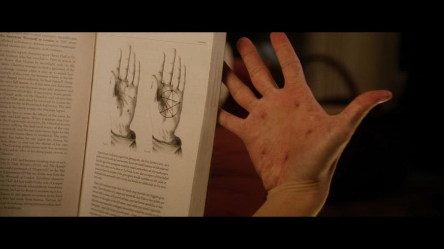 Пентаграмма на руке проклятого